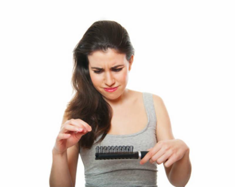 Perdita di capelli a reazione a uomini