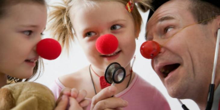 Risultati immagini per clownterapia