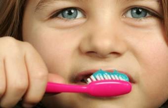 Fluoro per denti in salute