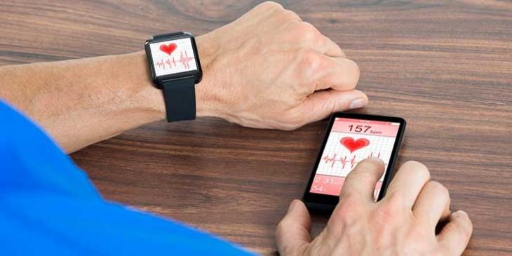 Risultati immagini per smartwatch salute