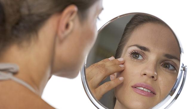 Lo specchio fa il check up