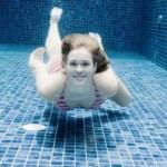 Acqua pulita in piscina